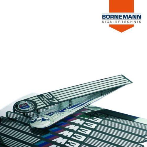 Aluminiumbleche und Edelstahlbleche für die Automobilindustrie